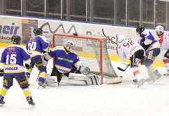 23-01-15_Eishockey_Indians_ECDC-Memmingen_Waldkraiburg_Match_Fuchs_new-facts-eu0036
