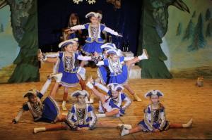 24-01-15_Loewen-77_Legau_Unterallgaeu_Prunksitzung_Poeppel_new-facts-eu0058-Kindergarde
