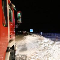 28-01-15_BY_A7-Groenenbach_Unfall_Schnee_Pkw-Ueberschlag_Feuerwehr_Poeppel_new-facts-eu0006