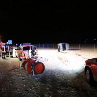 28-01-15_BY_A7-Groenenbach_Unfall_Schnee_Pkw-Ueberschlag_Feuerwehr_Poeppel_new-facts-eu0015
