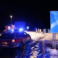 28-01-15_BY_A7-Groenenbach_Unfall_Schnee_Pkw-Ueberschlag_Feuerwehr_Poeppel_new-facts-eu0019