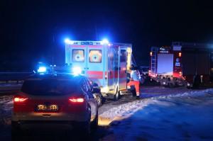 30-01-15_A7-Dietmannsried_Unfall_Schnee_Feuerwehr_Poeppel_new-facts-eu0002