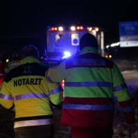 30-01-15_A7-Dietmannsried_Unfall_Schnee_Feuerwehr_Poeppel_new-facts-eu0004