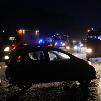 30-01-15_A7-Dietmannsried_Unfall_Schnee_Feuerwehr_Poeppel_new-facts-eu0011