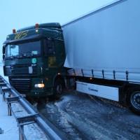 30-01-15_A7-Woringen_Lkw-Unfall_Schnee_Feuerwehr_Poeppel_new-facts-eu0007