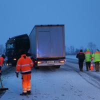 30-01-15_A7-Woringen_Lkw-Unfall_Schnee_Feuerwehr_Poeppel_new-facts-eu0008