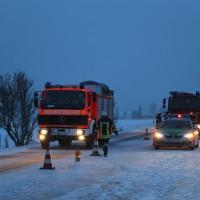 30-01-15_A7-Woringen_Lkw-Unfall_Schnee_Feuerwehr_Poeppel_new-facts-eu0047