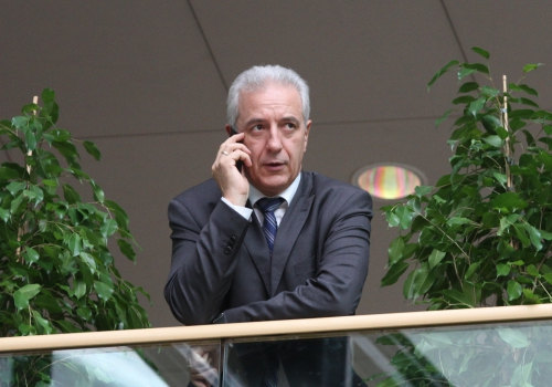 Stanislaw Tillich am Handy, über dts Nachrichtenagentur