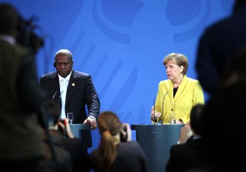 John Dramani Mahama und Angela Merkel am 19.01.2015, über dts Nachrichtenagentur