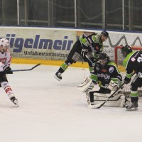 01-02-2015_Eishockey_Memmingen_Indians-ECDC_ Hoechstadt_match_Fuchs_new-facts-eu0040