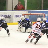 28-02-15_eishockey_memmingen_play-off_indians_ecdc_landsberg_fuchs_new-facts-eu0019