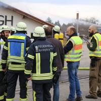 Kempten-Heiligenkreuz - Brand eines Verwaltungs- und Versorgungsgebäude auf dem Gelände einer Biogasanlage