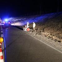 18-03-15_BY_B19_Waltenhofen_Unfall_Feuerwehr_Poeppel_new-facts-eu0004