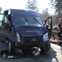 20-03-15_A7-Dettingen-Altenstadt_Unfall_Transporter_Feuerwehr_Polizei_Poeppel_new-facts-eu0005