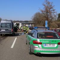 20-03-15_A7-Dettingen-Altenstadt_Unfall_Transporter_Feuerwehr_Polizei_Poeppel_new-facts-eu0013