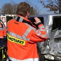 20-03-15_A7-Dettingen-Altenstadt_Unfall_Transporter_Feuerwehr_Polizei_Poeppel_new-facts-eu0020