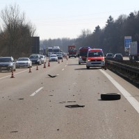 20-03-15_A7-Dettingen-Altenstadt_Unfall_Transporter_Feuerwehr_Polizei_Poeppel_new-facts-eu0025