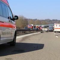 20-03-15_A7-Dettingen-Altenstadt_Unfall_Transporter_Feuerwehr_Polizei_Poeppel_new-facts-eu0028