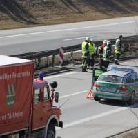 20-03-15_A96_Tüerkheim_Mindelheim_Unfall_Feuerwehr_Poeppel_new-facts-eu0006