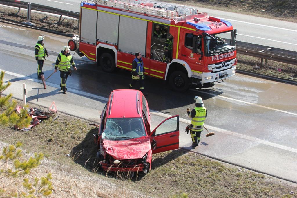 20-03-15_A96_Tüerkheim_Mindelheim_Unfall_Feuerwehr_Poeppel_new-facts-eu0018