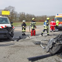21-03-15_BY_Guenzburg_B16_Aletshausen_Unfall_Feuerwehr_Polizei_Poeppel_new-facts-eu0001