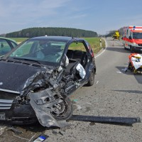 21-03-15_BY_Guenzburg_B16_Aletshausen_Unfall_Feuerwehr_Polizei_Poeppel_new-facts-eu0002