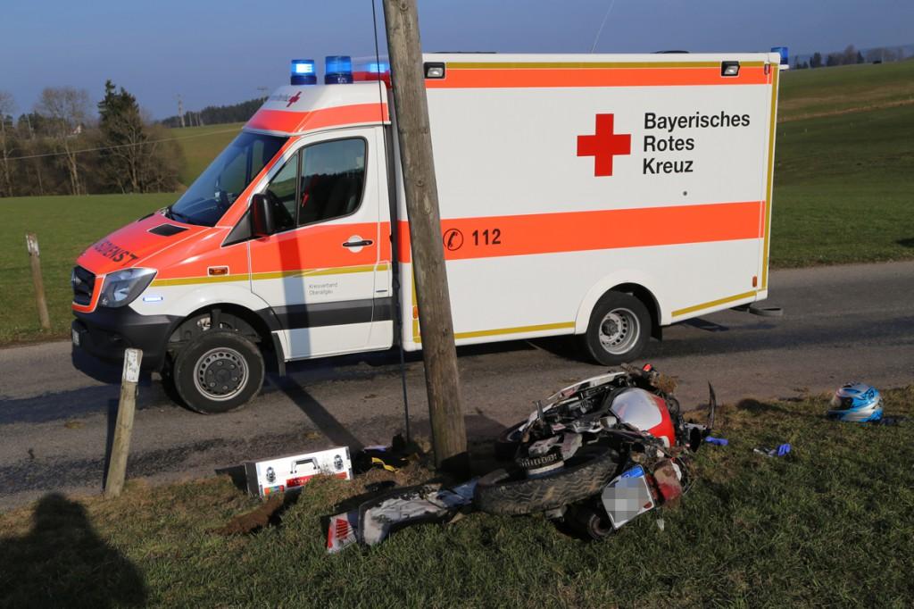 23-03-15_BY_Unterallgaeu_Kronburg_Schachen_Motorrad_Unfall_Poeppel_new-facts-eu0004