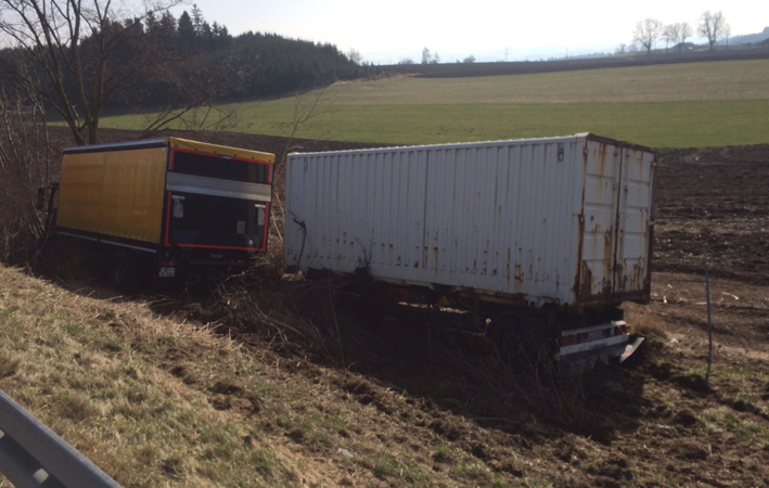 23-03-15_a7-Dietmannsried_Lkw-Unfall_Kutter-Memmingen_Bergung_new-facts-eu