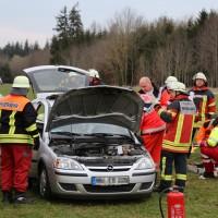 28-03-15_BY_Unterallgaeu_Kronburg_Illerbeuren_Unfall_Feuerwehr_Poeppel_new-facts-eu0001