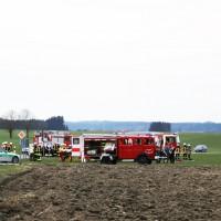 28-03-15_BY_Unterallgaeu_Kronburg_Illerbeuren_Unfall_Feuerwehr_Poeppel_new-facts-eu0008