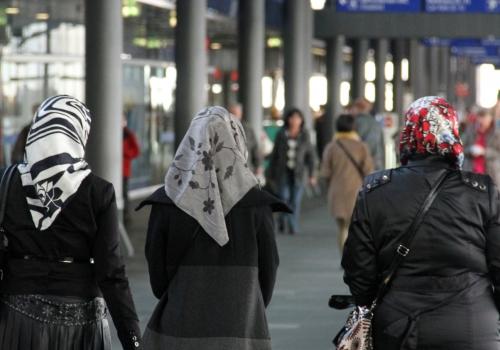 Kopftuchträgerinnen, über dts Nachrichtenagentur