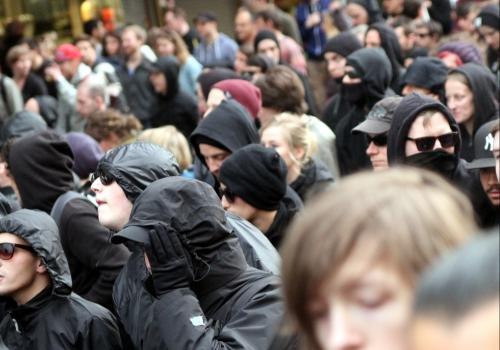 Schwarzer Block auf der 1.-Mai-Demo in Berlin, über dts Nachrichtenagentur