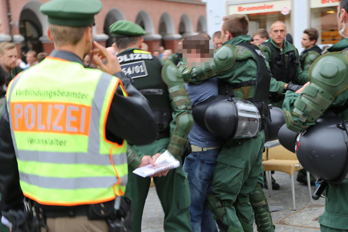 25-04-15_BY_Memmingen-Anti-Nazi-Demo_Poeppel_Poeppel_new-facts-eu0235