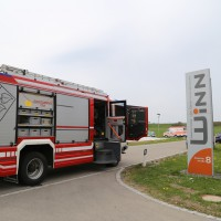 25-04-15_BY_Unterallgaeu_Wolfertschwenden_Gasgeruch_Verletzte_Feuerwehr_Poeppel_new-facts-eu0001