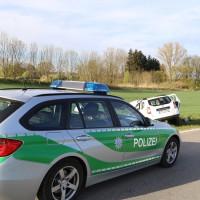 27-04-15_BY_Unterallgaeu_Breitenbrunn_Schoeneburg_Lkw-Pkw_Feuerwehr_Poeppel_new-facts-eu0003