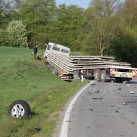 27-04-15_BY_Unterallgaeu_Breitenbrunn_Schoeneburg_Lkw-Pkw_Feuerwehr_Poeppel_new-facts-eu0012