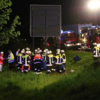 04-05-15_BY_Unterallgaeu_Erkheim_Unfall_Feuerwehr_Poeppel_New-facts-eu0001