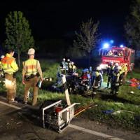 04-05-15_BY_Unterallgaeu_Erkheim_Unfall_Feuerwehr_Poeppel_New-facts-eu0049