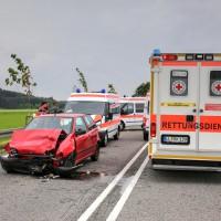 26.05.2015-Jengen-B12-Ostallgäu-Unfall-Gas und Bremse verwechselt-Verletzte-Krankentransportwagen-Rettungswagen-Bringezu-Polizei-Auffahrunfall (8)