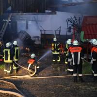 28-05-15_BY_Unterallgaeu_Betzisried_Brand_Bauernhof_Feuerwehr_Poeppel_new-facts-eu0011