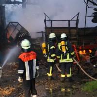 28-05-15_BY_Unterallgaeu_Betzisried_Brand_Bauernhof_Feuerwehr_Poeppel_new-facts-eu0013