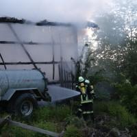 28-05-15_BY_Unterallgaeu_Betzisried_Brand_Bauernhof_Feuerwehr_Poeppel_new-facts-eu0019