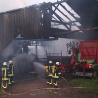 28-05-15_BY_Unterallgaeu_Betzisried_Brand_Bauernhof_Feuerwehr_Poeppel_new-facts-eu0039