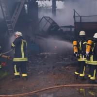 28-05-15_BY_Unterallgaeu_Betzisried_Brand_Bauernhof_Feuerwehr_Poeppel_new-facts-eu0040