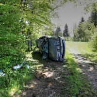 VU-Rpsshaupten-Halblech-OAL 1-Fahrerin-schwerverletzt-eingeklemmt-Autp deformiert-Feuerwehr-Rettungsdienst-Rettungshubschrauber-Ostallgäu-Bringezu (24)_tonemapped