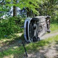 VU-Rpsshaupten-Halblech-OAL 1-Fahrerin-schwerverletzt-eingeklemmt-Autp deformiert-Feuerwehr-Rettungsdienst-Rettungshubschrauber-Ostallgäu-Bringezu (33)_tonemapped