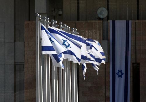 Israelische Fahnen, über dts Nachrichtenagentur