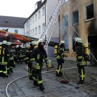 02.06.2015-Kaufbeuren-Brand-Altstadt-Wohnhaus-unbewohnbar-Großeinsatz-Feuerwehr-Rettungsdienst-mehrere Verletzte-New-facts (30)