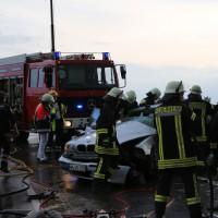 12-06-15_BY_Unterallgaeu_Ottobeuren_Guggenberg_Unfall_Feuerwehr_Poeppel_new-facts-eu0004