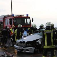 12-06-15_BY_Unterallgaeu_Ottobeuren_Guggenberg_Unfall_Feuerwehr_Poeppel_new-facts-eu0005